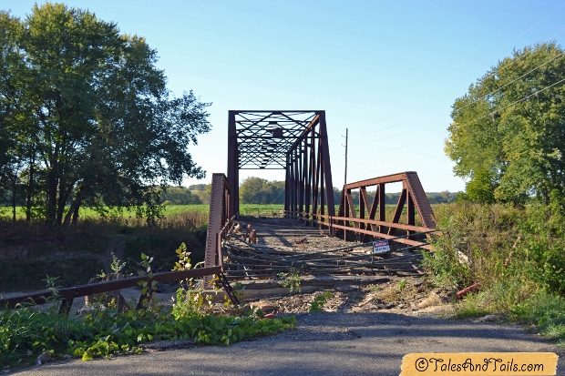 Bernadotte Bridge -- Tales and Tails